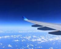 英語脳メルマガ 第02999号 Overnight and early morning flights are hard on all of us. Sometimes, the only saving grace の意味は?