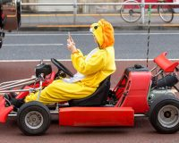 英語脳メルマガ 第03251号 Go-karts have become a common sight on Japan's busy streets, but safety concerns were raised の意味は?