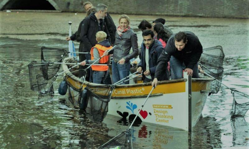 英語脳メルマガ 第03825号 Obviously you're on the beautiful canals of Amsterdam in a really nice boat. の意味は?