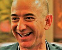英語脳メルマガ 第04292号 Jeff Bezos built Amazon.com Inc. from his garage with an underdog の意味は?