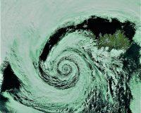 英語脳メルマガ 第04567号 The typhoon is forecast to continue heading eastward の意味は?